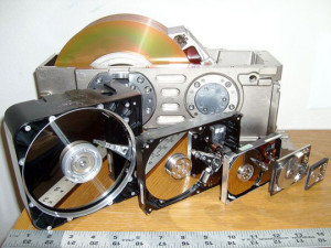 funny-hard-drives-evolution-computers