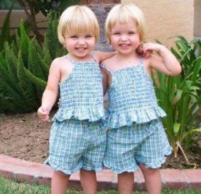 Twin-Baby-Pictures-12-290x280